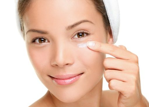 Benefits of Using an Anti Wrinkle Eye Cream