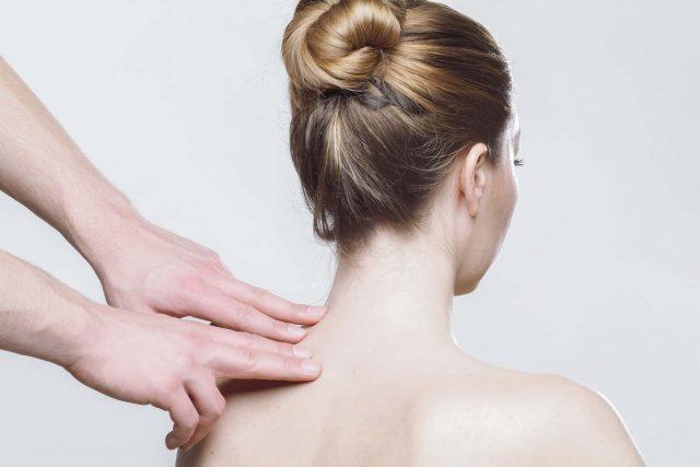 massage-2722936_1920-min